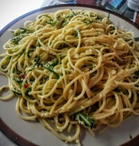 Spaghetti al Cha Om