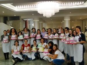 foto corso cake design di gruppo a Canosa