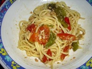 spaghetti tonno peperoni