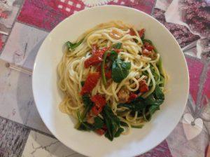Spaghetti bietole e tonno